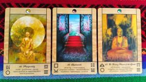 THE CARDS Chakra Insight Oracle by Caryn Sangster, artwork by Amy Edwards - http://www.blueangelonline.com/chakra_insight_oracle.html Let Your Soul Fire Roar! Shamanic Weather September 10, 2015